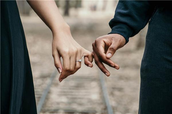跟女生不会谈恋爱怎么办,谈恋爱的方法,怎么走到对方心里